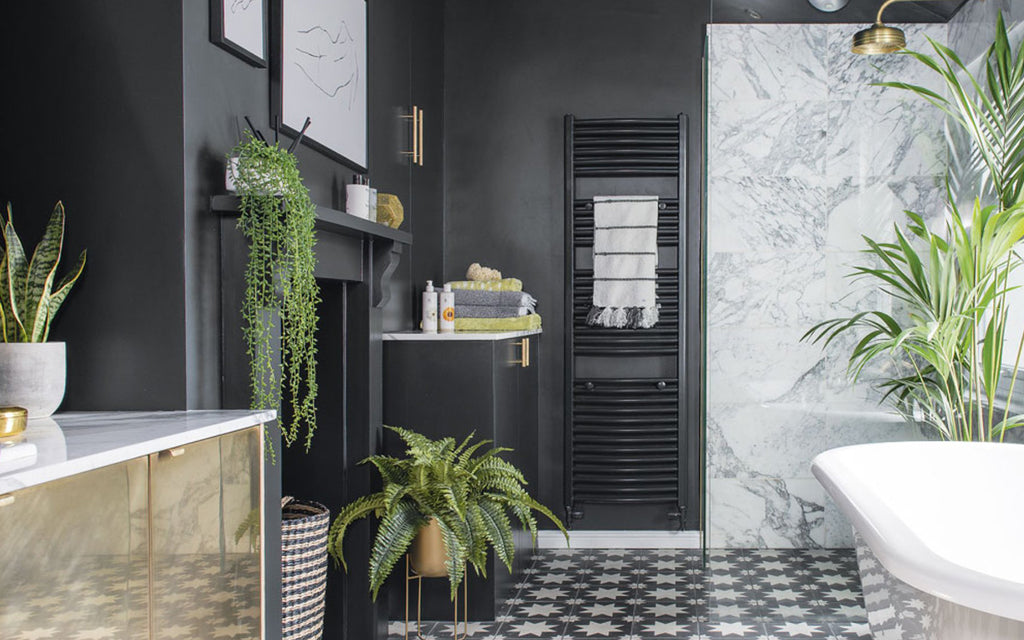5 Plants Perfectly Suited for Bathroom Living