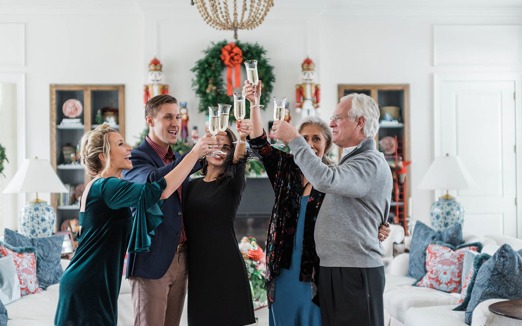 How to Be the Ultimate Holiday Hostess