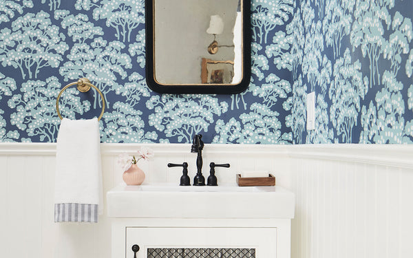 10 Small-Bathroom Decor Ideas With Major Impact
