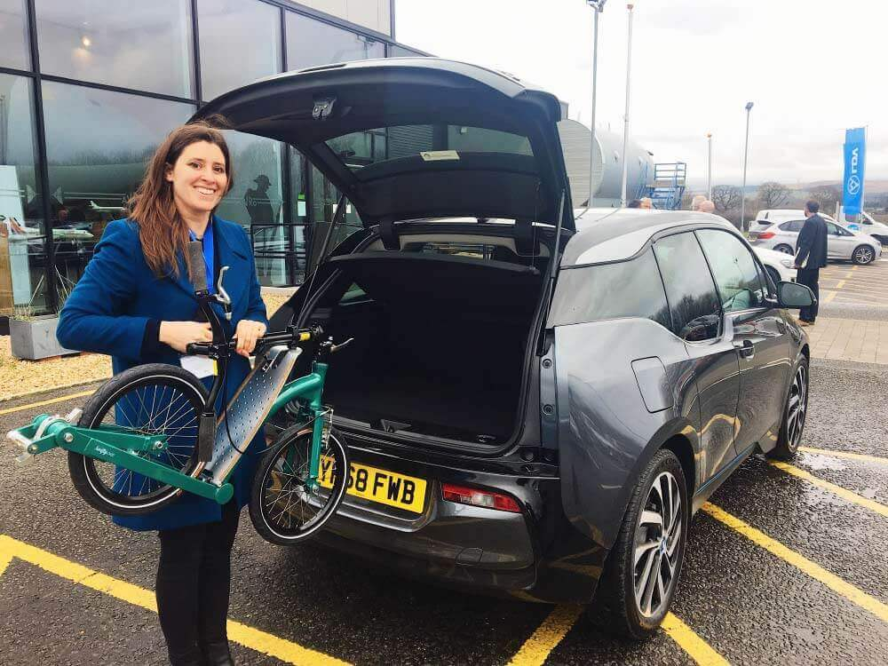 BMW i3 Range Extender, electric car and kick scooter, park and ride