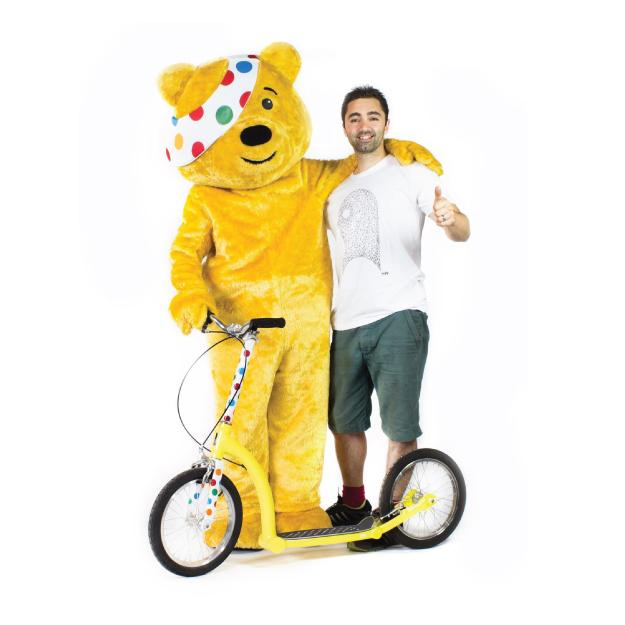 adult scooter with big wheels, endurance kick scooter, children in need, solo scoot