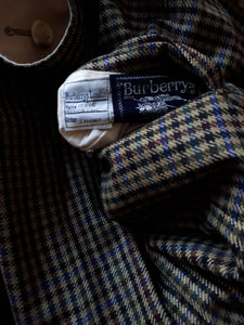 REVERSIBLE BURBERRY COAT | M/L:[Past out]:[vintage clothes]