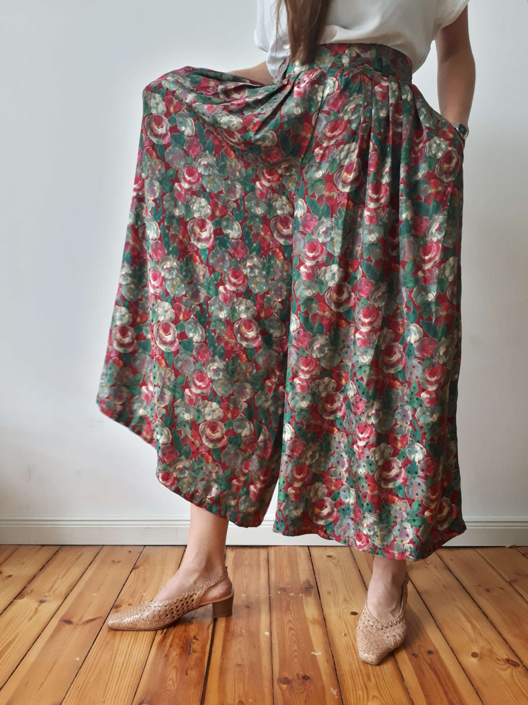 Silk Floral Pants | Wide Leg | L/XL:[Past out]:[vintage clothes]