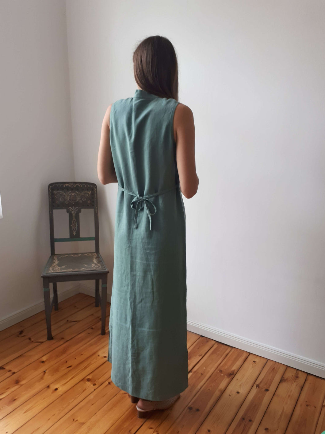 Maxi dress | deep v neck | S/M:[Past out]:[vintage clothes]