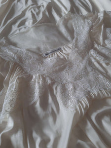 Guy Laroche Nightgown | Lace Sleepwear | Negligee | S-M:[Past out]:[vintage clothes]