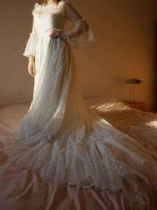 70s Vintage Lace  Wedding Dress | Boho | M:[Past out]:[vintage clothes]