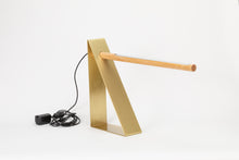 Dovell Table lamp | Brass base with walnut LED light