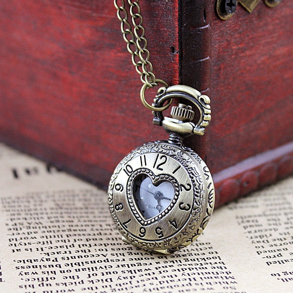 2014 Sweet Jewelry Hot Sale Heart Hollow out Antique Cold Color Fashion Delicate Charming Neckalce Pocket Watch for Women