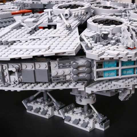 Millennium Falcon Model Building Blocks Bricks