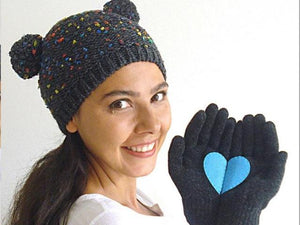 Pom Pom Beanie & Heart Gloves / Dark Gray