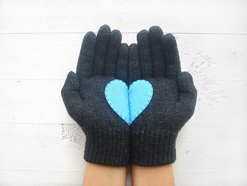 Heart Gloves / Dark Gray / Blue