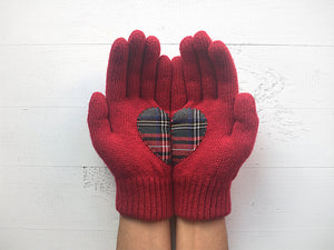 Heart Gloves / Deep Red / Plaid