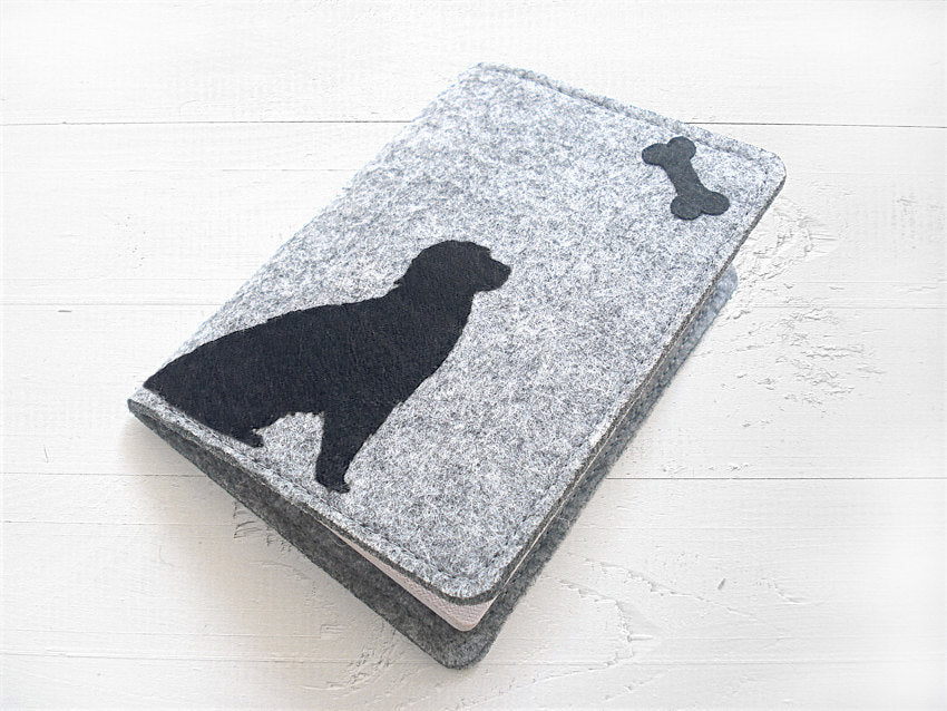 Passport Cover / Dog & Bone