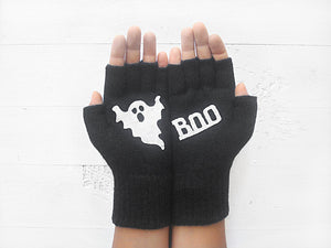 Boo Gloves