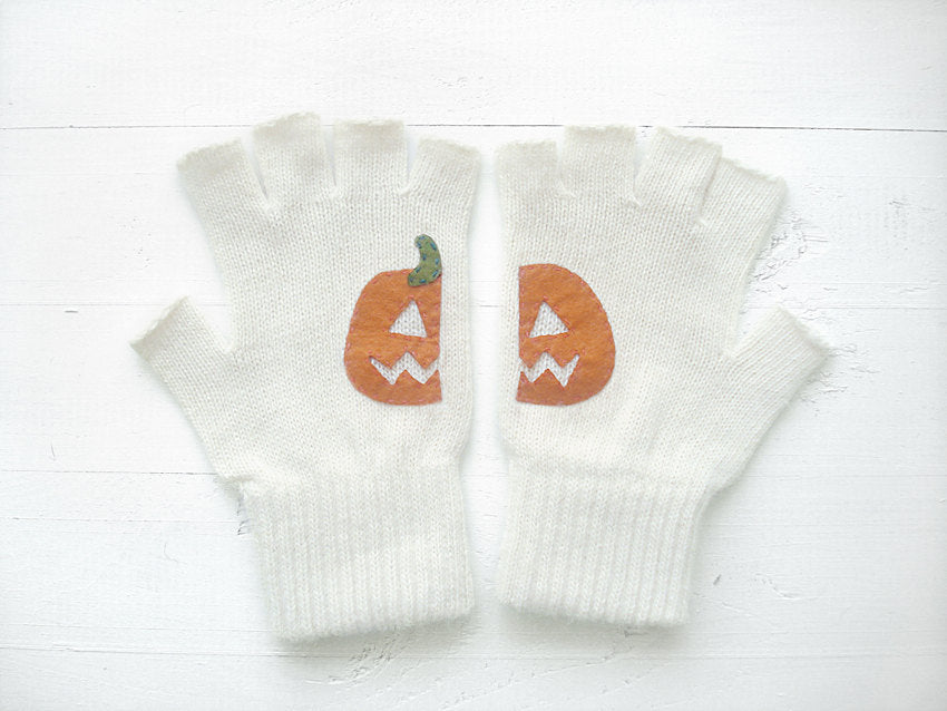 Pumpkin Gloves