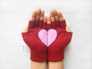 Heart Gloves / Deep Red / Pink