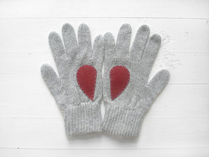 Heart Gloves / Gray / Burgundy