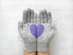 Pom Pom Beanie & Heart Gloves / Purple