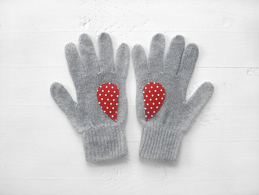 Heart Gloves / Gray / Polka Dot
