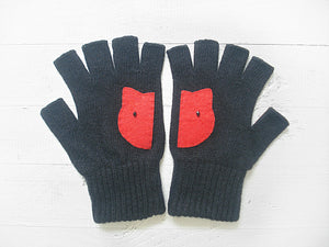 Cat Gloves / Black & Red