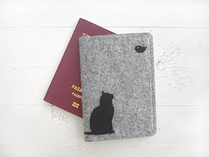 Passport Cover / Cat & Bird