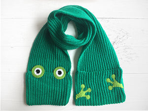 Frog Pocket Scarf