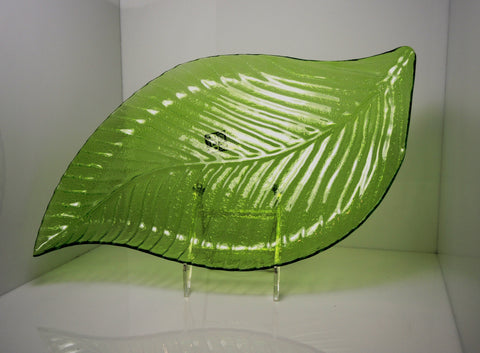 Leaf Pattern Glass Serving Platter - LGA Glass Decor