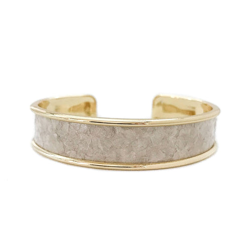 yacht hopper bangle {thick} mother of pearl