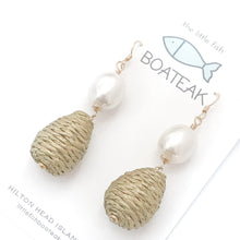 sweetgrass pearl dangle earrings {gold}