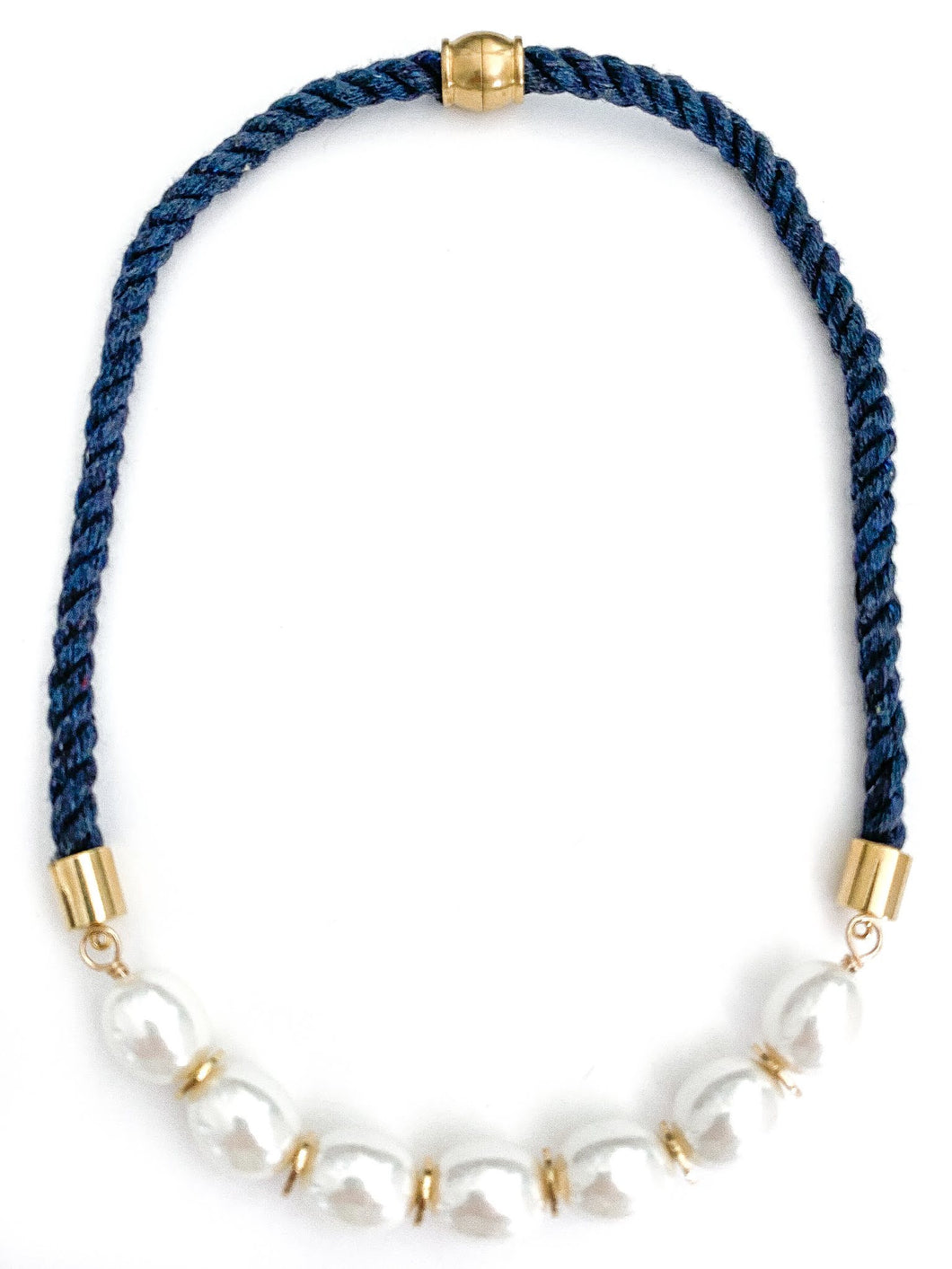 day sailor short necklace {southern large/navy}