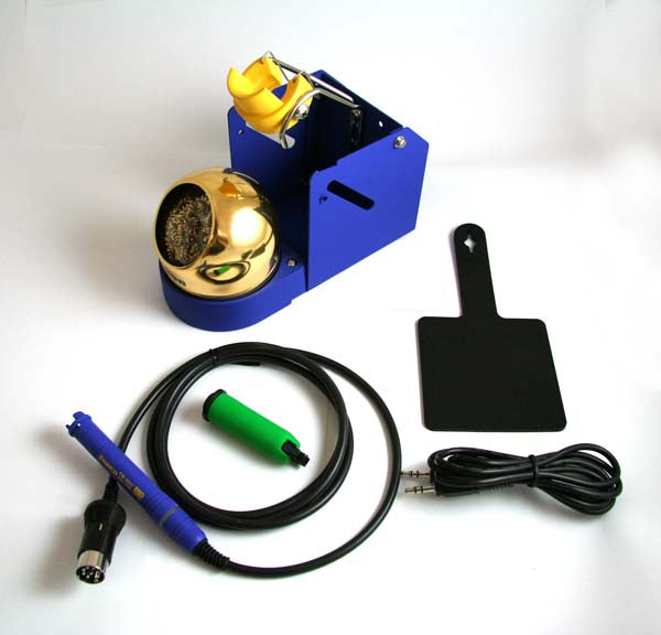 Hakko FM2027-06 Soldering Iron with Stand
