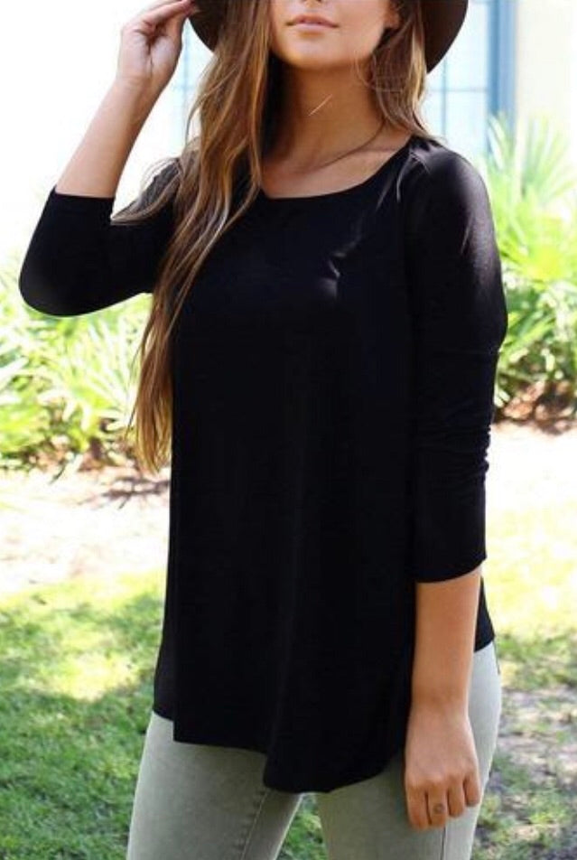 Black 3/4 Sleeve Flowy Tee