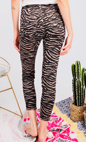 """Elan"" Tiger Striped Distressed Jeans"