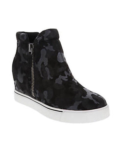 """Harlow"" Black Camo Wedge Sneaker"