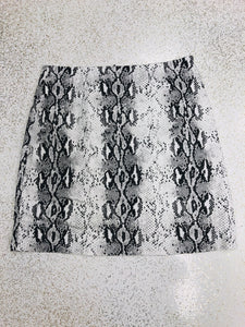 Black and White Snake STRETCH Mini Skirt