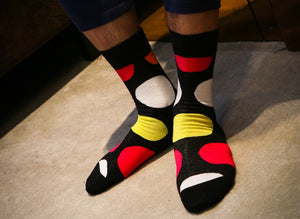 Novelty big dots cotton socks <br> Avaliable in 3 colors <br> · One pair ·