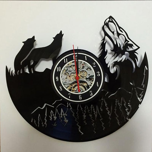 Vinyl Hanging Clock Wolf Pictures