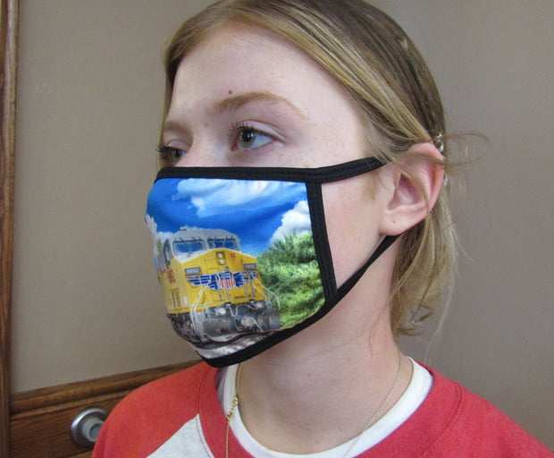 Face Mask with Train