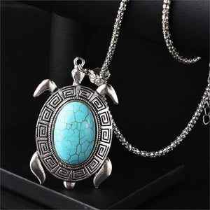Lovely Silver Turtle With Green Stone. Precious Necklace.