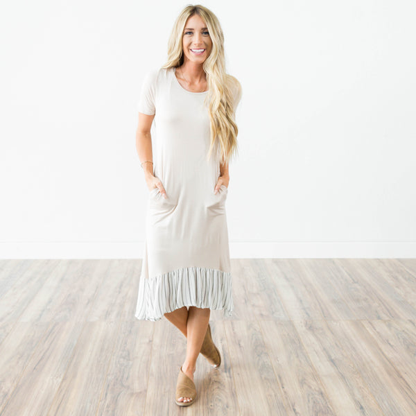Haisley Two Tone Dress in Taupe