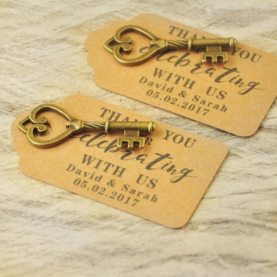 CREATEME™ Personalized Wedding Favor Thank You Tag with Keys