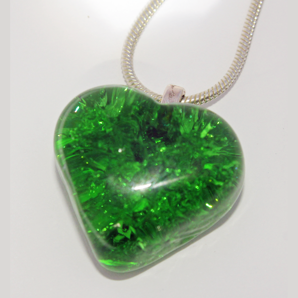 Green Heart Cracked Glass Sterling Silver Necklace