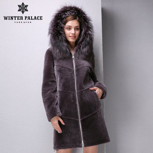 Sheep Shearling Coat. Autumn sheep coat women mouton fur coat,real fur coat Fox Mao brim Hat,Brown, Blue, optional  fur coats New Trend WINTER PALACE