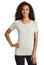 LIONS Tri-Blend Scoop Neck T-shirt/ Light Gray Heather / Larkspur Cheer - Fidgety