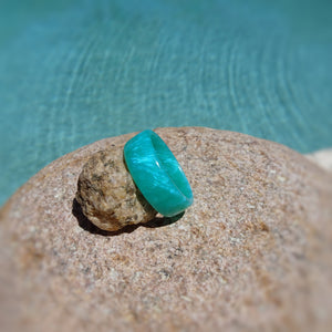 Sea Blue Pearl Acrylic Resin Ring - Turquoise Blue - Art and Soule