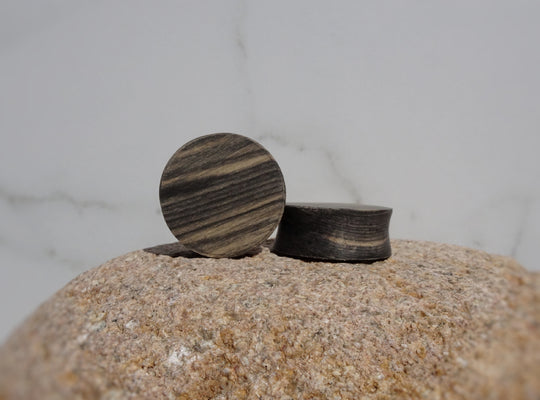 Black and White Ebony Wood Double Flared Ear Plugs - Ear Gauges - Art and Soule