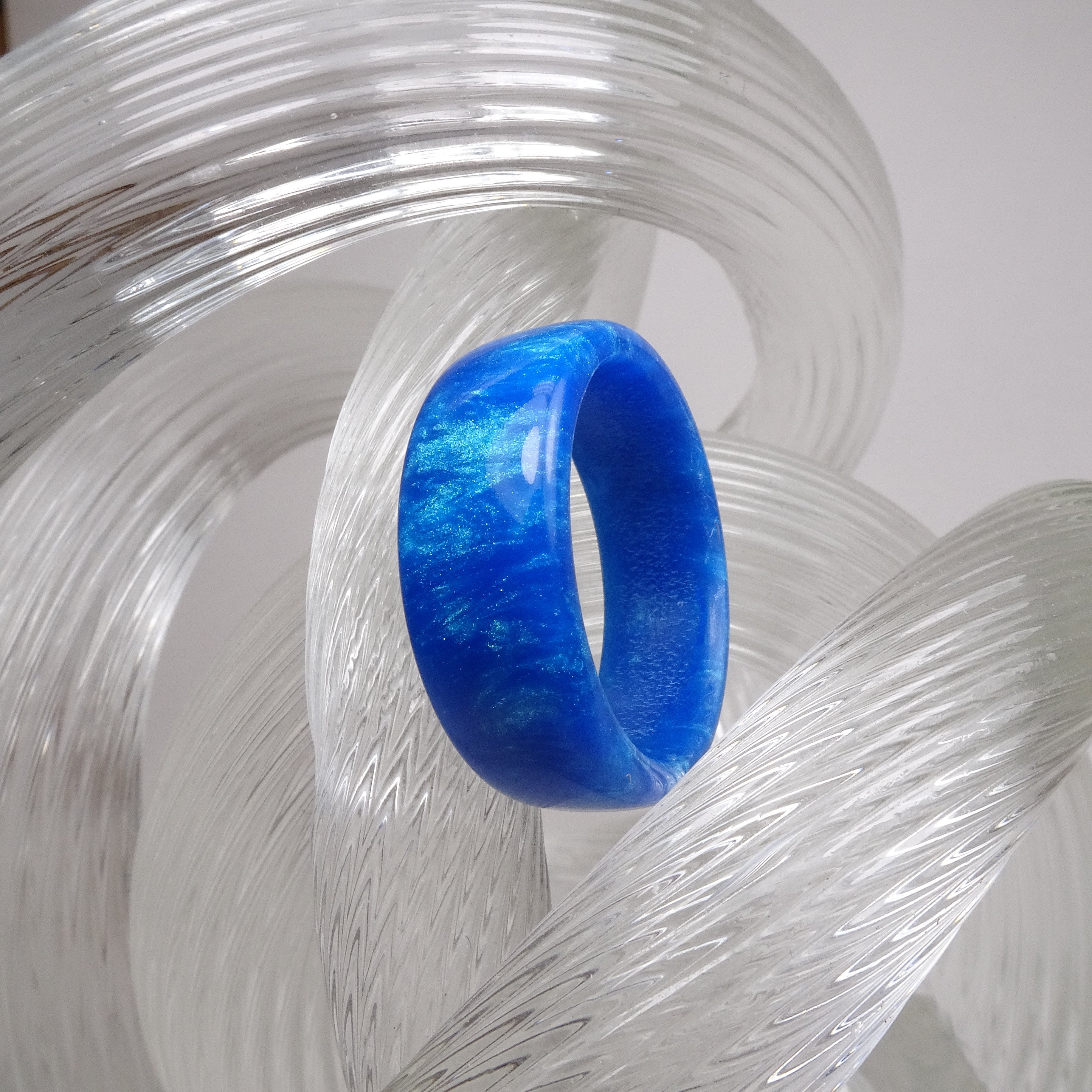 Blue Green Duochrome Acrylic Resin Ring - Art and Soule