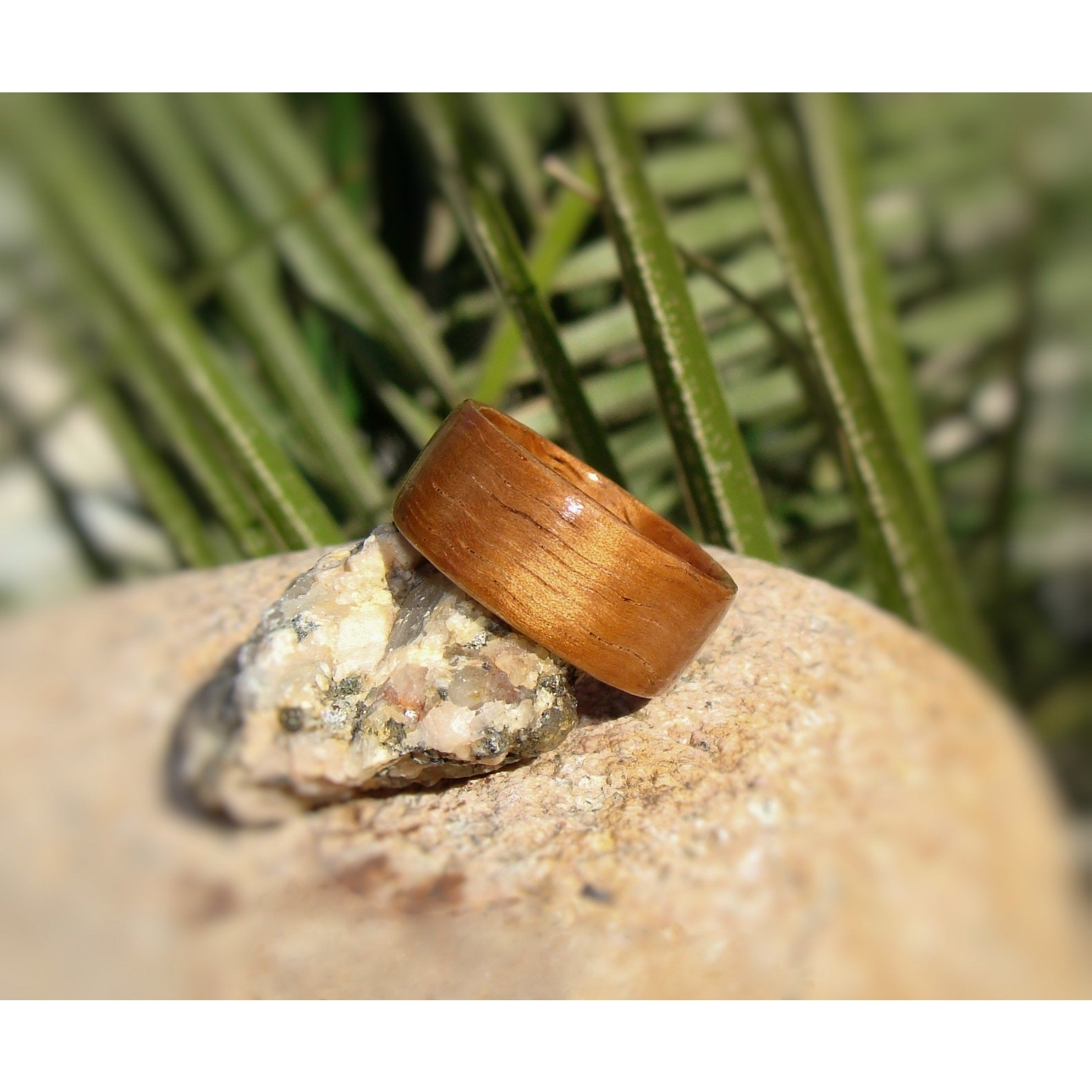 Curly Koa Bentwood Wood Ring - Art and Soule