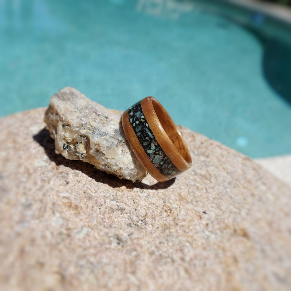 Curly Koa Bentwood Ring with Turquoise Stone and Black Resin Inlay - Art and Soule