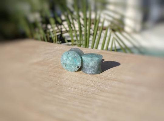 Neon Blue Apatite and Resin Double Flared Ear Plugs or Teardrops - Ear Gauges - Art and Soule